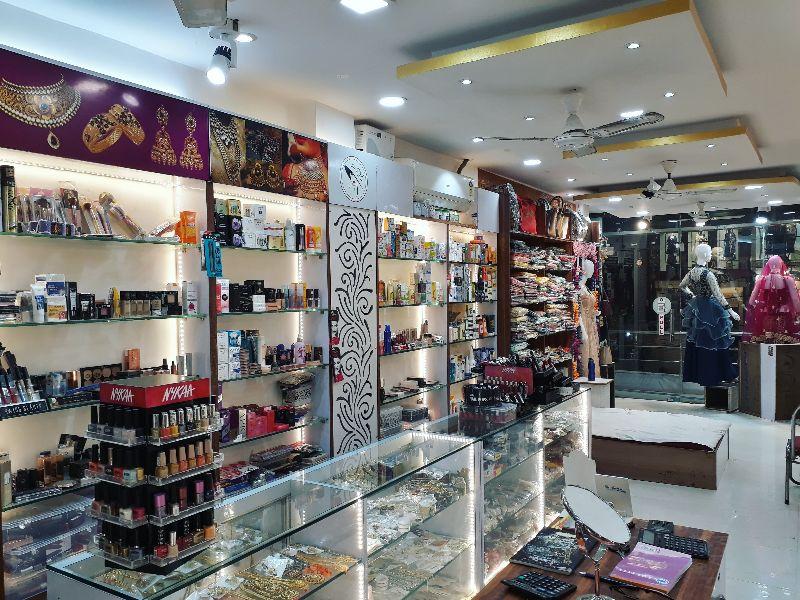 Lenisha Fashion & Cosmetics